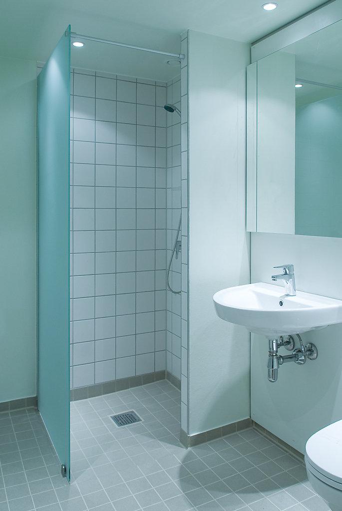 Bathroom-Full.jpg